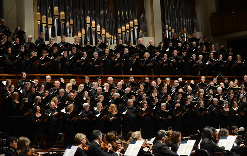 The Choral Arts Choir perfroming the Berlioz Requiem. Photo by Shannon Finney